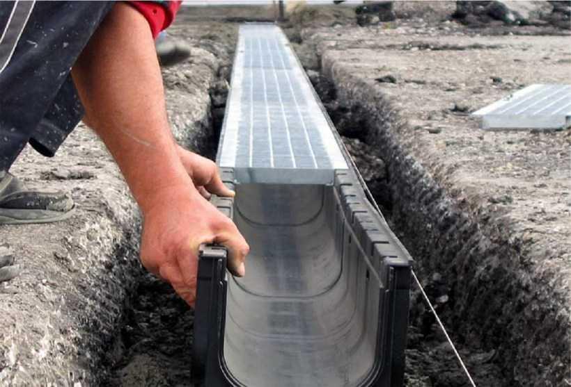 Как осушить участок от воды: эффективные способы, виды дренажных систем + пошаговая инструкция с описанием этапов работы